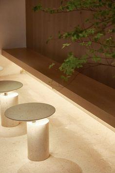HEYTEA at Xiamen Paragon Center Retail Interior, Cafe Interior, Architectural Lighting Design, Light Em Up, Cove Lighting, Stone Facade, Mood And Tone, Tea Culture, Natural Interior