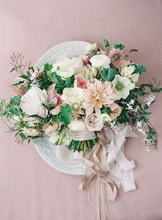 Fall Wedding Flowers, Wedding Flower Inspiration, Flower Bouquet Wedding, Floral Wedding, Bridal Bouquets, Flower Bouquets, Autumn Wedding, Spring Wedding, Blush Bouquet