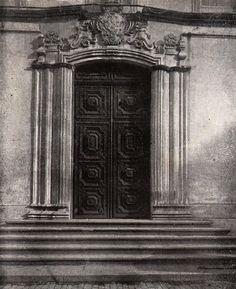 Porta da antiga Igreja da Sé, demolida na primeira década do século 20