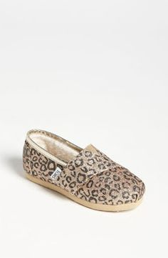 sequined leopard TOMS for your little one!!!!!  DARLING!
