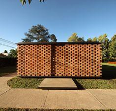 Gallery of Experimental Brick Pavilion / Estudio Botteri-Connell - 30