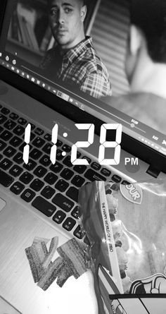 11:28 snap- 13rw sour gummy Flip Clock, Decor, Decoration, Decorating, Deco