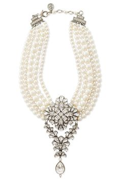 A pearl necklace is such a classic piece of jewelry that it works for almost any occasion. Pearls have an effortless elegance about them and can be dressed up or dressed down. Pearl Jewelry, Indian Jewelry, Jewelry Box, Pearl Necklace, Vintage Jewelry, Fine Jewelry, Diamond Necklaces, Silver Jewelry, Statement Necklaces