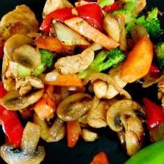 Пиле+с+хрупкави+зеленчуци+по+китайски
