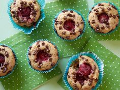Kids Can Make: Healthy Secret Strawberry Chocolate-Chip Muffins Recipe : Food Network Kitchen : Food Network Breakfast Menu, Make Ahead Breakfast, Breakfast Recipes, Breakfast Time, Breakfast Ideas, Healthy Muffin Recipes, Healthy Snacks For Kids, Snacks Kids, Food Kids