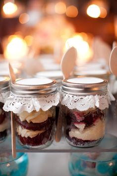 DIY jar favors with paper doilies.  could be cupcakes or shortcake etc. or layered dry ingrediants for a favorite dessert recipie printed on jar lid~xoxo~ I know alot of people that will get this for Christmas! Looks good