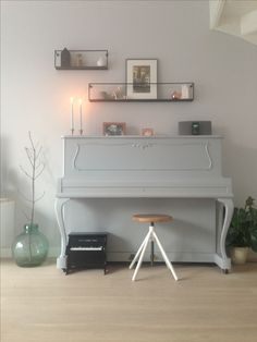 Wall decoration, shelf, painted piano