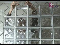 Terminación de filas con bloques terminales vetroCLICK (9 de 14) - YouTube Interior Design, Glass, Youtube, Glass Blocks, Skylight, House Decorations, Architecture, Business