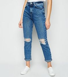 Petite – Blaue High Waist Mom Jeans from NEW LOOK on 21 Buttons