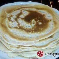 Κρέπες νηστίσιμες και πεντανόστιμες Pancakes, Vegan, Breakfast, Ethnic Recipes, Desserts, Food, Essen, Morning Coffee, Pancake