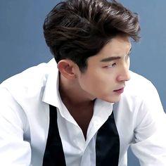Lee Joon Gi Lee Joon Gi Abs, Lee Joon Gi 2016, Asian Actors, Korean Actors, Lee Joon Gi Wallpaper, Lee Jong Ki, Korean Star, Korean Men, Lee Soo