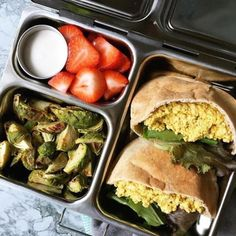 + Tofu salad sandwich⠀  + Brussels sprouts⠀  + Strawberries⠀  ⠀  Pic cred: @Plantbasedrd⠀  ⠀  ⠀  ⠀  ⠀  ⠀  #planetbox #lunchbox #lunch #planetboxlunch #lunchboxlove #schoollunch #healthykids #school #kids #kidslunch #bento #bentobox #lunchboxideas#packedlunch #mealprep #gogreen #ecofriendly #sustainable #nofoodwaste #wastefree #sustainableeatingoctober    #Regram via @planetbox