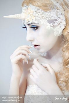 i like the idea of a white complexion for the makeup