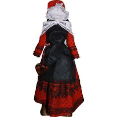 Some of you may have seen this on Ruby Lane and missed it, now is your opportunity to purchase a complete French Regional costume for your French