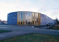 Lasnamäe spordihoone Tallinnas | Arhitektid Siir Vallner, Hanno Grossschmidt, Tomomi Hayashi