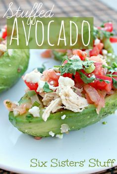 Forget mushrooms, avocados make the most perfect little lunch boats! These Healthy Stuffed Avocados are the perfect way to eat a salad on the go. Grab a Bounty Paper Towel and this lunch is ready to move with you! Healthy Cooking, Healthy Snacks, Healthy Eating, Cooking Recipes, Healthy Recipes, Budget Recipes, Simple Recipes, Six Sisters, Little Lunch
