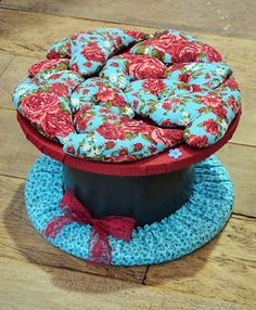Wire Spool, Wooden Spools, Cable Reel, Ideas Hogar, Orange And Turquoise, Teal, Baby Shower Fall, Pallet Crafts, Wooden Pallets