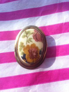Porcelain rose 50s antique vintage brooch by yorkshiretreasure