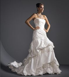 Justin Alexander. SIZE 10. Natural. New $1,600. OUR PRICE $799.