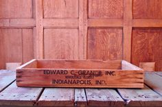 VINTAGE WOOD TRAY, WOODEN TRAY, WOOD FLORIST CRATE, EDWARD C GRANDE INC, INDIANAPOLIS, IND. Unique size and shape. Larger in size, lower profile.
