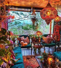 Bohemian House, Boho Room, Bohemian Interior, Boho Living Room, Bohemian Decor, Bohemian Garden Ideas, Meubles Peints Style Funky, Deco Pastel, Deco Retro