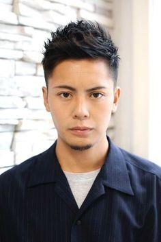 Asian Men Hairstyle, Asian Hair, Hairstyles With Bangs, Straight Hairstyles, Cool Hairstyles, Barber Shop Haircuts, Haircuts For Men, Short Hair Korea, Peinados Pin Up
