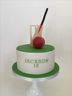 Our skilled cake makers take pride in creating bespoke cakes for our customers. Cricket Birthday Cake, Cricket Theme Cake, Cupcake Birthday Cake, Birthday Cakes For Men, Cakes For Boys, 9th Birthday, 40th Cake, Dad Cake, Rugby Cake