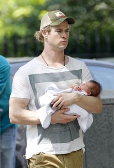 Chris Hemsworth and his son.
