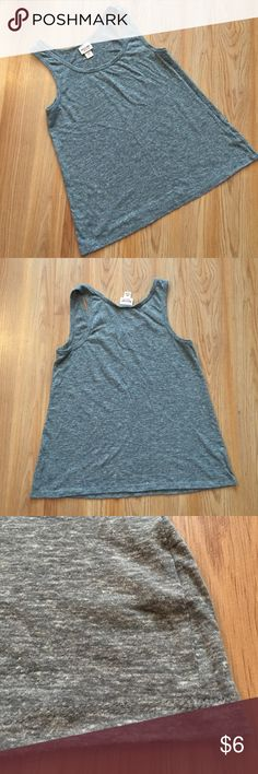 """Mossimo gray tank top Tank top from Mossimo. Gray with white flecks throughout. Super cute. Size small. Pit to pit 15.5"""". Length 22"""". 53% polyester, 35% cotton, 12% rayon. Machine wash. No trades or holds. Mossimo Supply Co. Tops Tank Tops"""