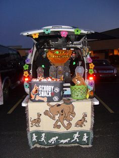 scooby trunk filled with halloween treats - Scooby Doo Halloween Decorations