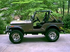 We had a '72 CJ-5 when I was a kid.