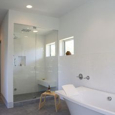 Master bath shower - big with niche and seat