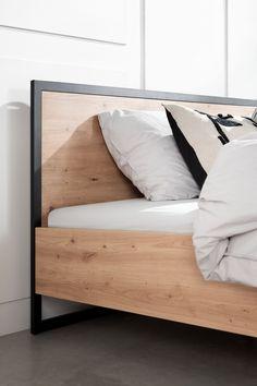 Nu verkrijgbaar bij Swiss Sense. Melamine bed met echte hout look voor de moderne slaapkamer. Minimal Bed Frame, Apartment Living, Entryway Decor, Woodworking Plans, Living Room Decor, Minimalism, Diy Home Decor, New Homes, Bedroom