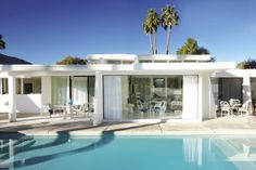 California Home + Design Palm Springs house Casas California, California Homes, Spring Architecture, Modern Architecture, Chinese Architecture, Palm Springs Mid Century Modern, Bungalow, Palm Springs Houses, Ranch Style Homes