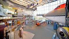 Visiting the Smithsonian National Air and Space Museum in Washington, DC Washington Dc With Kids, Washington Dc Travel, Fun Facts About America, Night At The Museum, Free Museums, Air And Space Museum, National Mall, Science Museum, Thats The Way