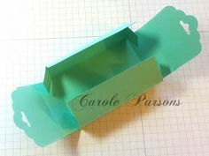 Scalloped Tag Topper Punch Box w/dimensions Card Making Tips, Making Ideas, Card In A Box, Boxes And Bows, Envelope Punch Board, 3d Paper Crafts, Treat Holder, Candy Gifts, Craft Box