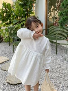 Baby Girl Fashion, Toddler Fashion, Kids Fashion, New Baby Dress, Korean Babies, Girl Sleeves, Baby Girl Princess, Long Sleeve Floral Dress, Cute Outfits For Kids