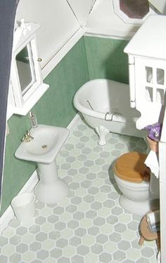 Miniature Dollhouse Shower Detail