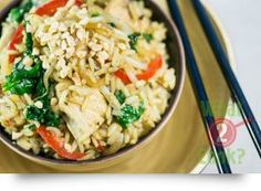 Spicy Nasi Goreng with Hot Chilli & Coriander Nasi Goreng, Spicy Rice, Coriander, Fried Rice, Risotto, Cooking Recipes, Pasta, Chicken, Hot