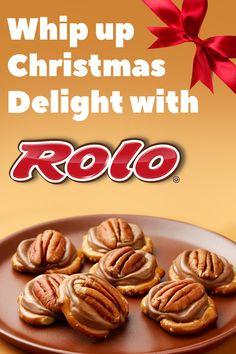 This ROLO® pretzel recipe only takes 5 minutes and 3 simple ingredients! An easy homemade treat to try this Christmas! This ROLO® pretzel recipe only takes 5 minutes and 3 simple ingredients! An easy homemade treat to try this Christmas! Holiday Snacks, Christmas Snacks, Snacks Für Party, Christmas Cooking, Holiday Recipes, Christmas Candy, Christmas Fitness, Christmas Recipes, Fruit Snacks