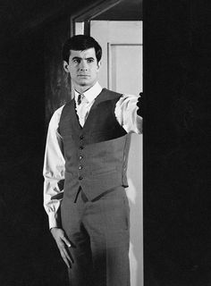 """1962 - Place 10 - Anthony Perkins in """"Le procès"""" Hollywood Actor, Golden Age Of Hollywood, Norman Bates, Anthony Perkins, Big Crush, Women Names, Classic Films, Attractive Men, Best Actor"""