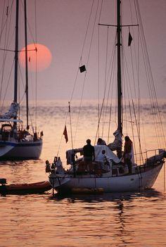 en velero , Sunset, Mallorca, Spain
