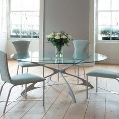 Round Glass Kitchen Tables And Chairs