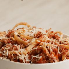Que delícia! | Preview: Aprenda a fazer a nossa versão preferida de molho bolonhesa