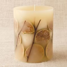 I bought this Mediterranean Coast botanical candle from rosyrings.com... Smells SOOOOO GOOD!!!