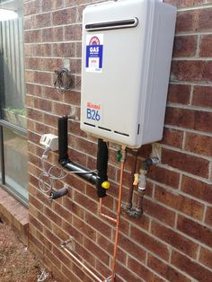 Solar hot water system replaced with instantaneous HWS by Flash Jetting & Plumbing. - Flash Jetting & Plumbing, Plumbing, Bacchus Marsh, VIC, 3340 - TrueLocal