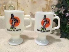 2 VINTAGE 1975 Marriott's Great America Footed Milk Glass Mug-Bugs Bunny