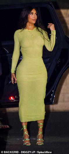 Estilo Kardashian, Kim Kardashian And Kanye, Kardashian Style, Kim Kardashian Pregnant, Kim Kardashian Bikini, Kardashian Dresses, Kardashian Fashion, Celebrity Outfits, Celebrity Look