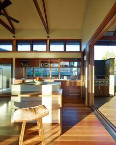 Hinterland House In Queensland, Australia by Shaun Lockyer Architects