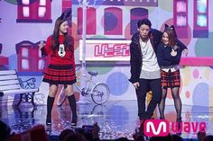 """[PHOTO] HISUHYUN & Bobby's """"I'm Different"""" Stage on Mnet Countdown http://"""